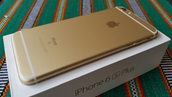 iPhone 6S Plus 16GB Gold Complete! image 2