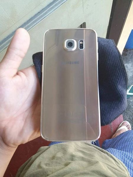 SAMSUNG S6 EDGE PLATINUM GOLD 99%smooth image 4