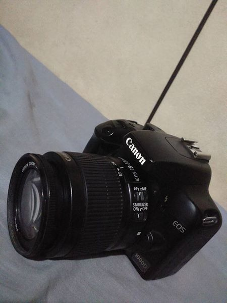 Canon 1000d dslr photo