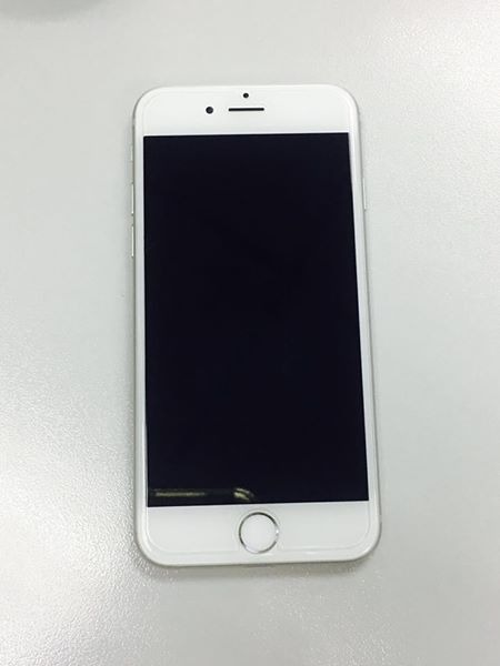 iPhone 6 Silver 16 GB photo