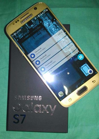 Samsung S7 Flat Gold image 2