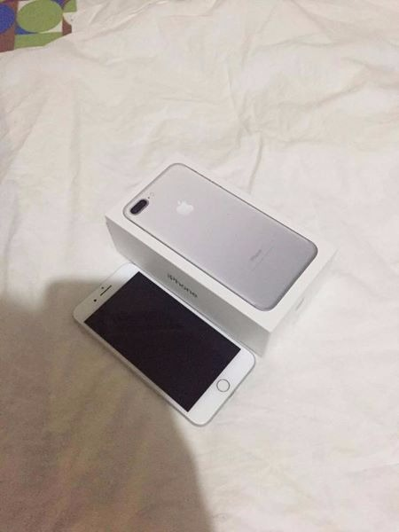 iphone 7+ 32gb silver photo