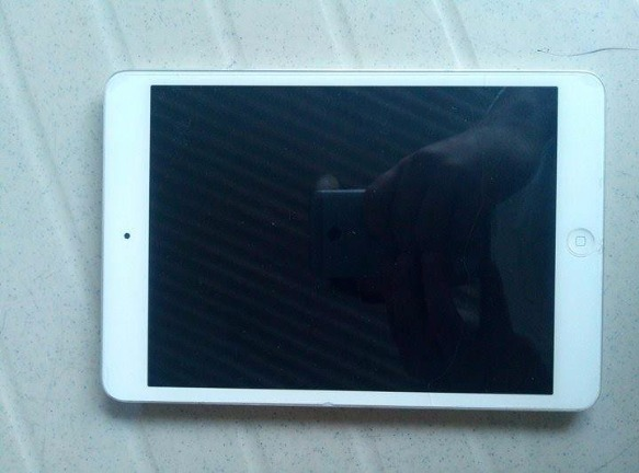 Apple ipad Mini 16 gb WIFI photo