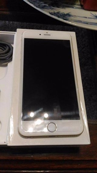 iPhone 6 plus 16gb Gold Factory Unlocked photo