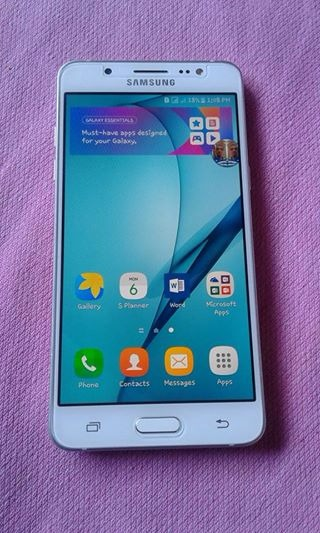 Samsung J5 2016 Duos 4G Lte White photo