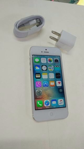 Iphone 5 16g factory unlock photo