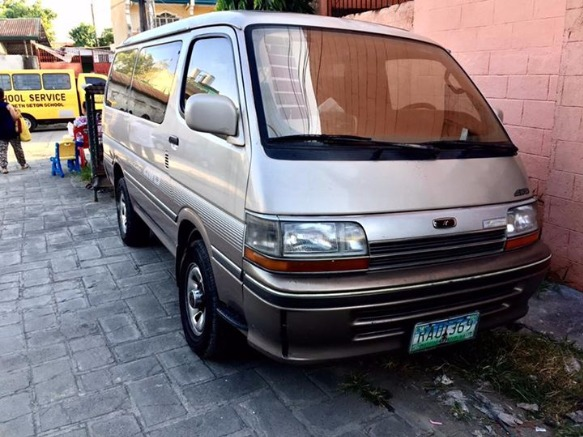 toyota super custom van (limited) photo