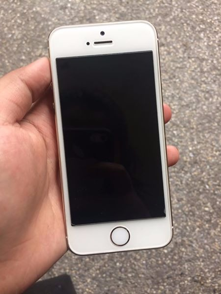 iPhone 5s 16gb Gold photo