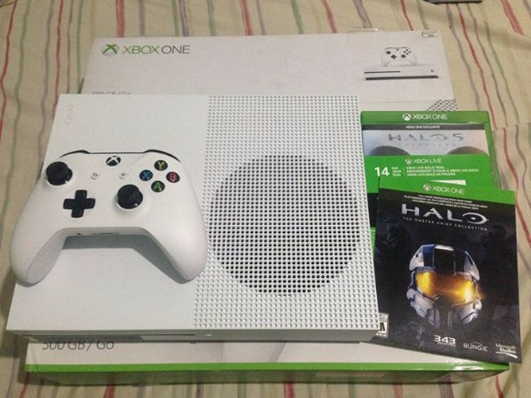 XBOX One S 500GB photo