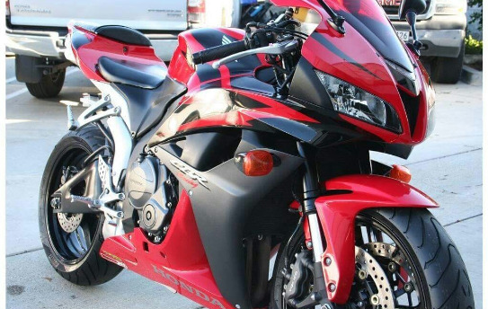 2014 Honda cbr600rr for sale at good price, Whatsap number on +13478855374 photo