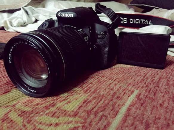 dslr canon 700D 18-135mm lens photo