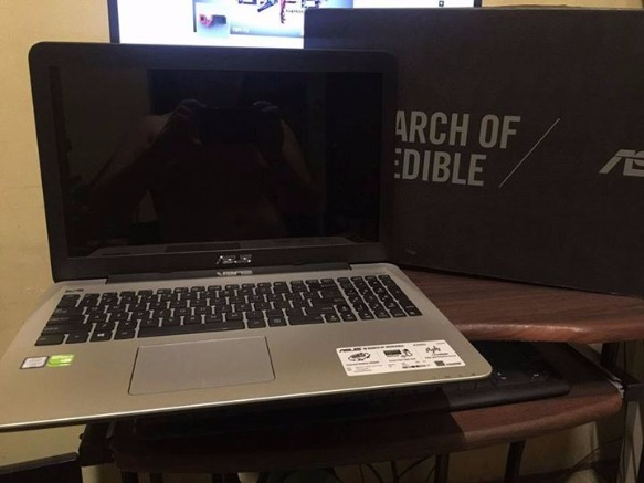 Asus Laptop i7 6th gen 2gb Nvidia GT 940m 8GB Ram 1TB Hardisk photo