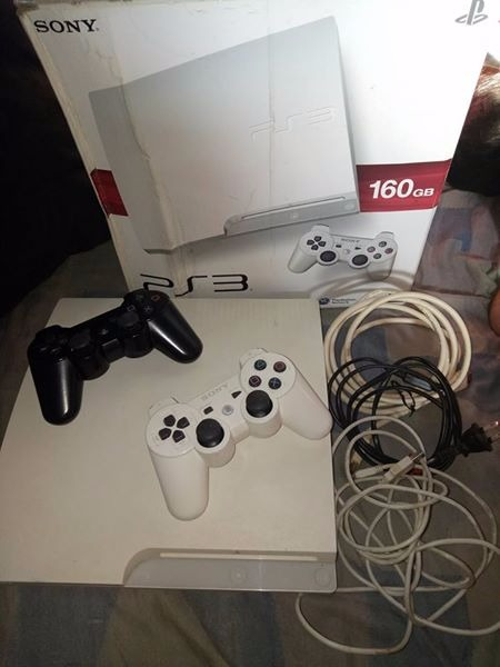 SONY PS3 slim 160gb photo