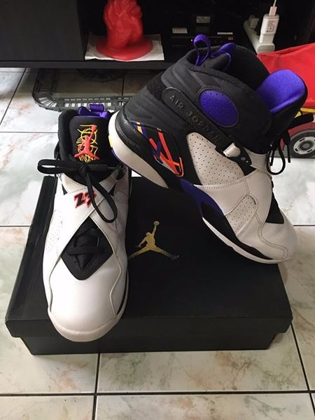 Jordan 8 Retro size 10.5us photo