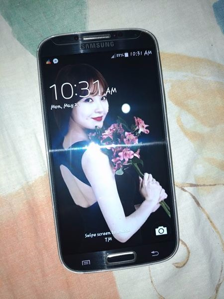 Samsung Galaxy S4 16GB LTE SGH-M919 photo