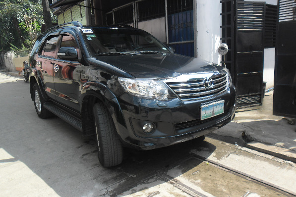 Toyota Fortuner image 3