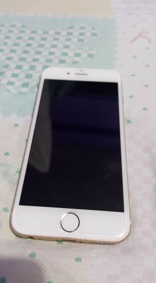 Iphone 6 64gb factory unlock smooth as new ( gold) photo
