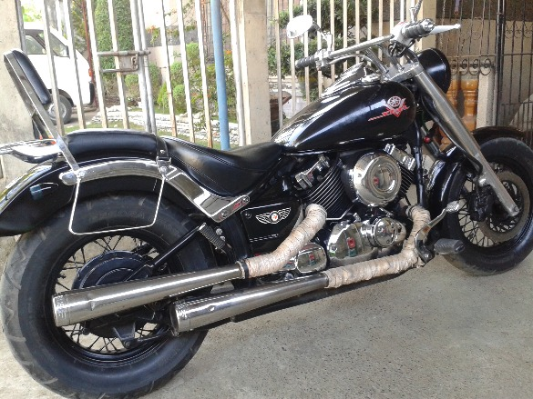 Yamaha Vstar 650 photo