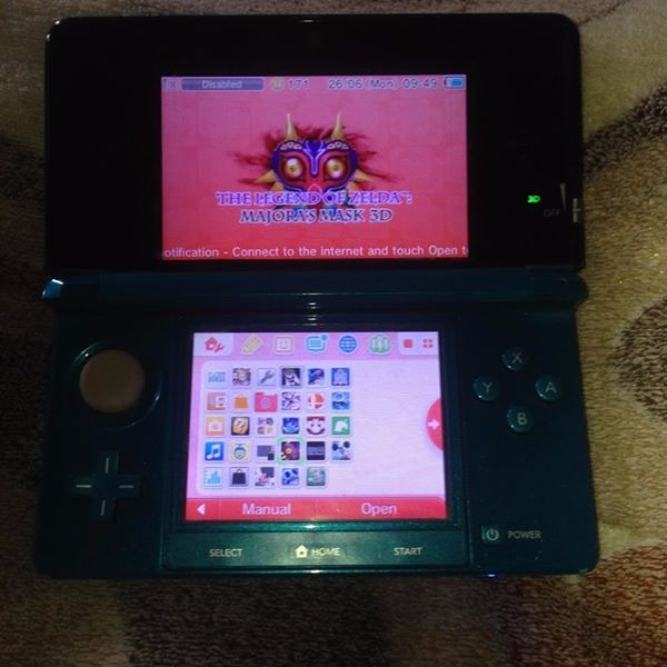 Nintendo 3DS 32GB photo