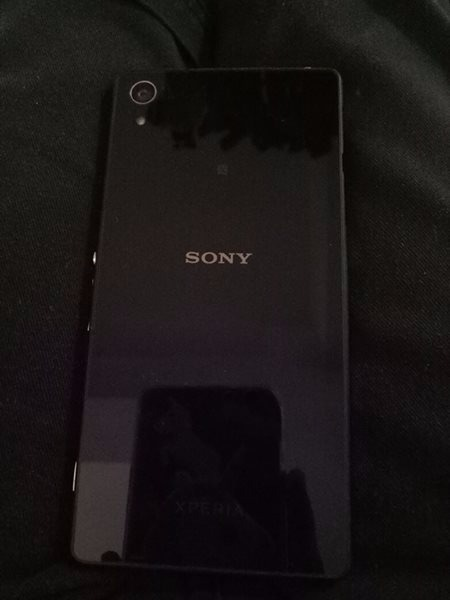 Sony Xperia Z2 photo