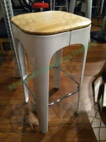 bar stool photo
