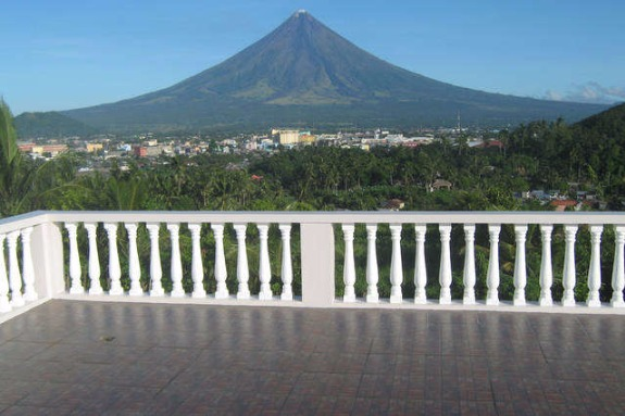 House & 2 Apartments for sale Legazpi City photo