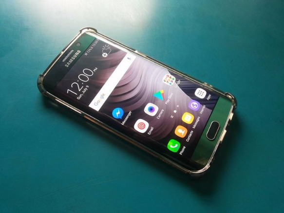 Samsung Galaxy S6 Edge 32gb Emerald Green photo