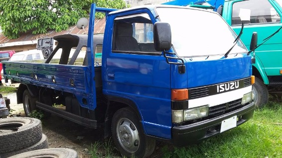 Isuzu Elf 4HF1 photo