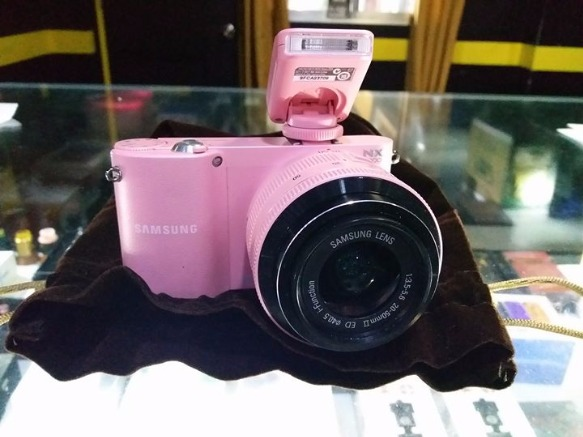 Samsung NX1000 Color Pink Mirrorless Camera photo