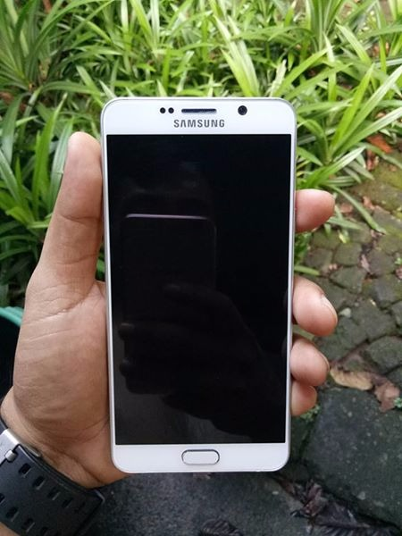 Samsung note 5 photo