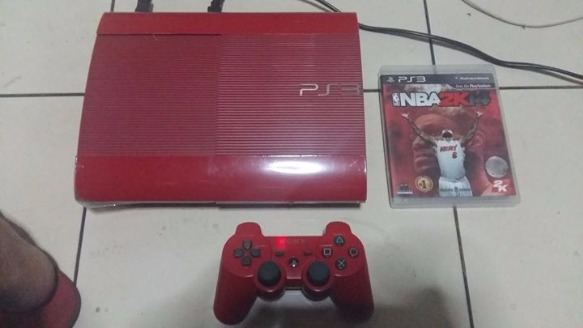 sony ps3 slim 120 gb red with 5 injected games photo