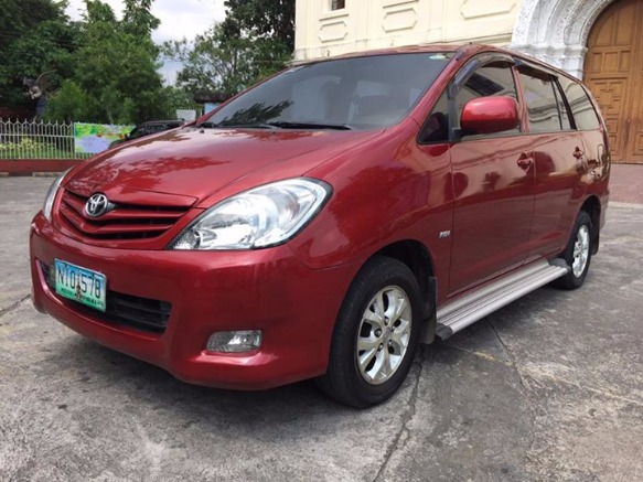 Toyota Innova 2009 photo