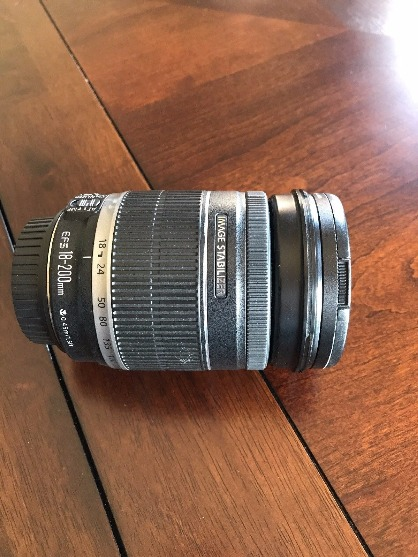 Canon 70D with 18-200mm Lens image 4