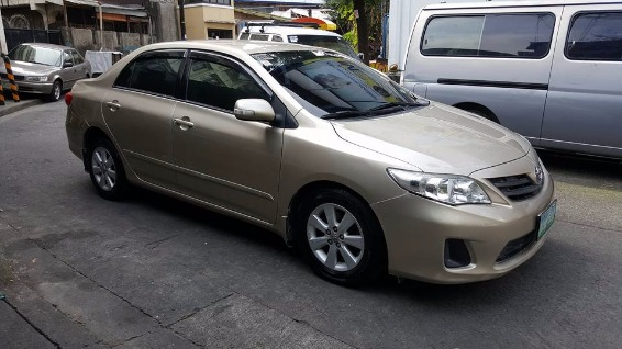 2012 Toyota Altis 1.6e dual VVTi manual photo