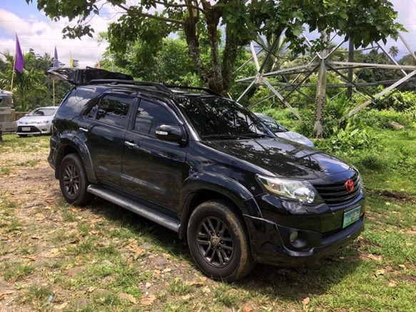TOYOTA FORTUNER G 4X2 2012 MODEL photo