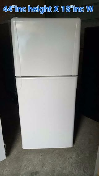 Refrigerator (free delivery) with warranty photo