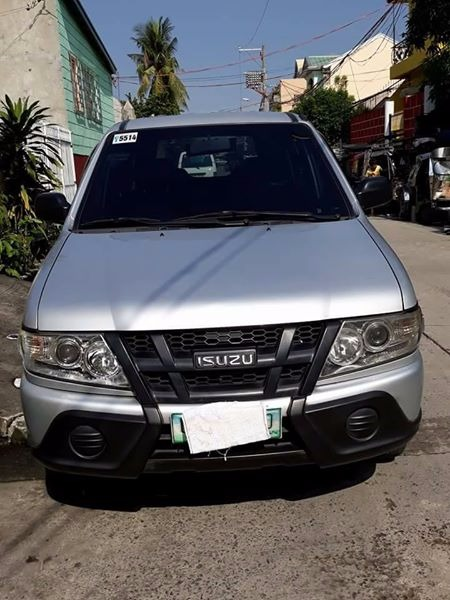 Isuzu crosswind xl 2012m photo