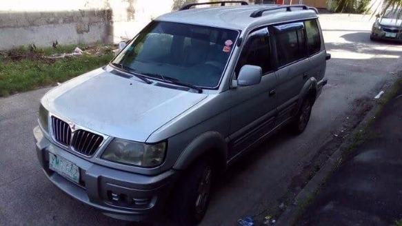 Mitsubishi Adventure 2003 photo