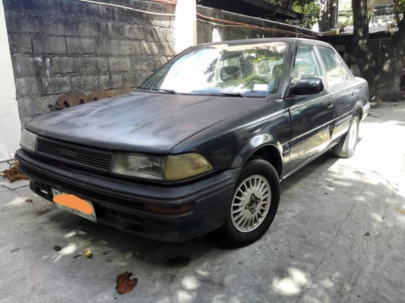 Toyota Corolla 1990 photo