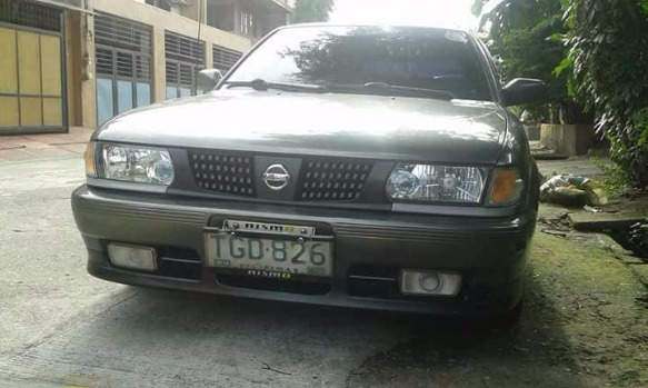 92 Nissan Sentra JX photo