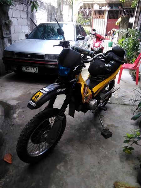 Honda xrm 110 yellow guage (motard set-up) photo