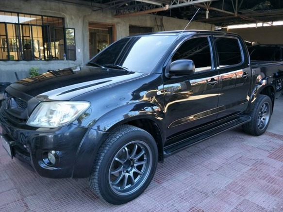 Toyota hilux g manual 2011 photo