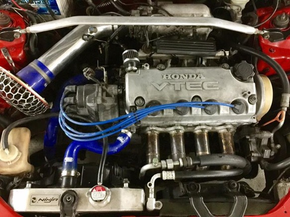 Honda Civic SiR Look Vtec Engine M/T image 4