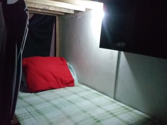 Male CONDO DORMITORY Bedspace Katipunan ATENEO UP area P4900 ALL IN image 2