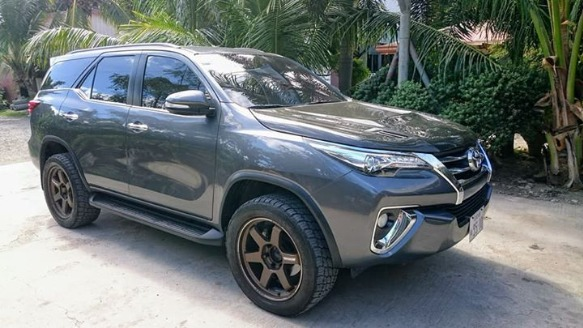 Toyota Fortuner 2016 Top of the Line photo