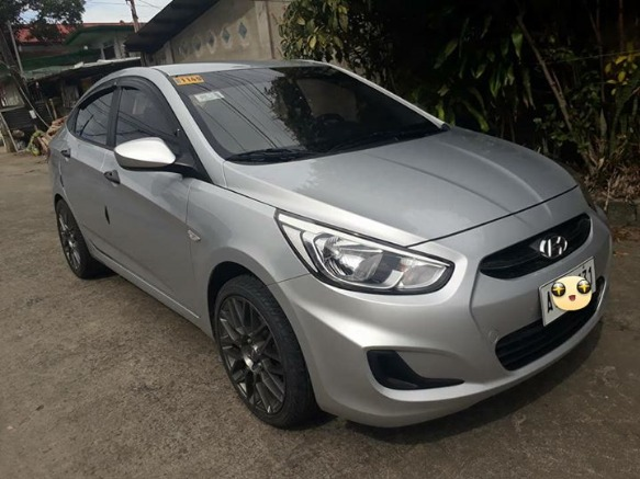 Hyundai Accent photo