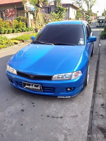 Mitsubishi lancer pizzapie photo