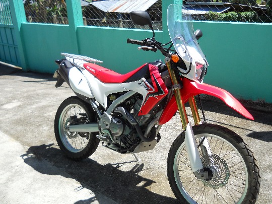 2013 Honda CRF 250l photo