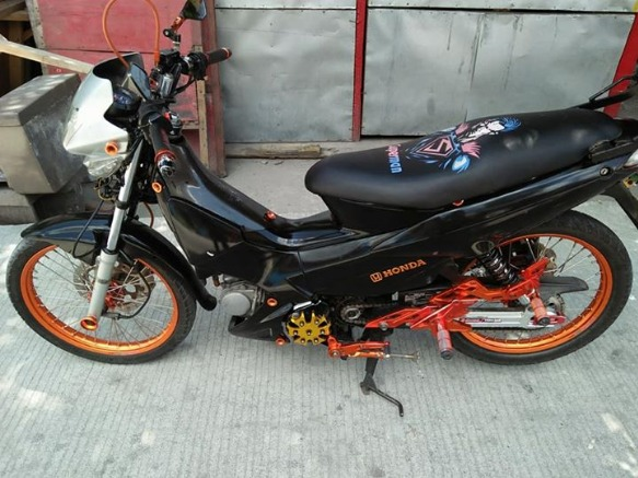 Honda Rs 125 2012 model all stock engine fresh na fresh photo