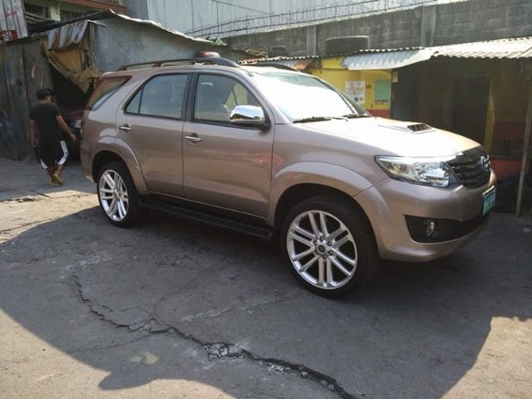 2006 Toyota Fortuner photo